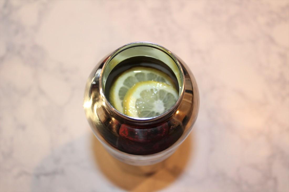 Planetbox Bottle.  Lemon infused water