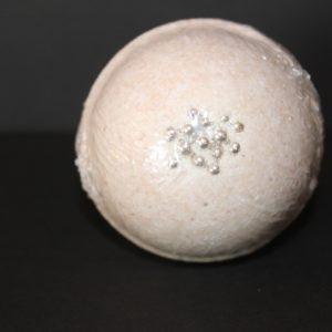 Vanilla Caramel Bath bomb